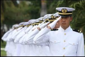 海上自衛隊の隊員は、結婚指輪をオーダーメイドで依頼する