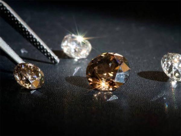 合成ブラウンダイヤモンド