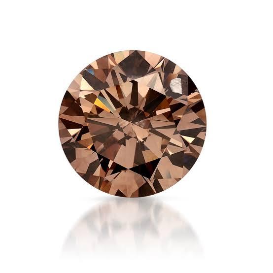 放射線照射された処理ブラウンダイヤモンド