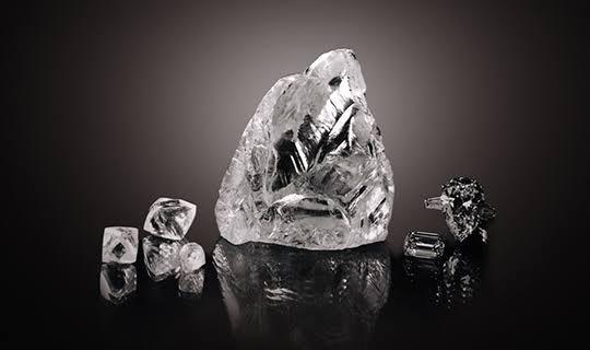 婚約指輪をオーダーする際に役立つダイヤモンドの重要な5つの歴史