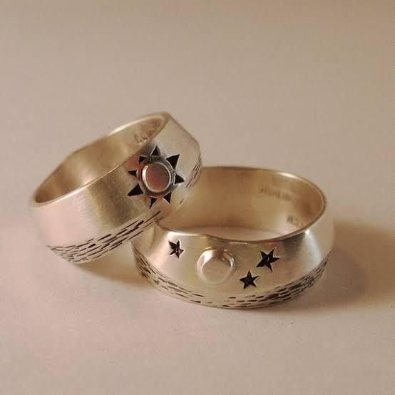太陽と星 -  オーダー結婚指輪 海外製品
