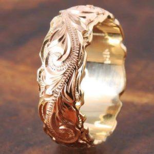 金細工職人の華.指輪に手彫りの模様ハワイアン柄