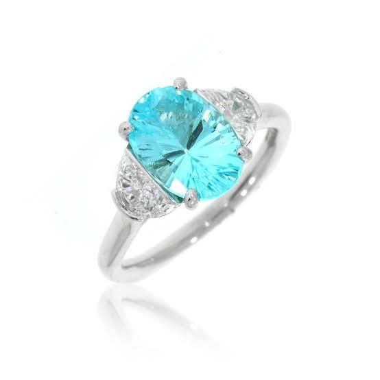 ダイヤより希少価値の高い5つの宝石で婚約指輪をオーダーメイドする