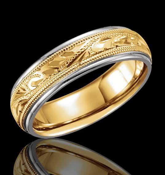 金細工職人の華.指輪に手彫りの模様 和柄1