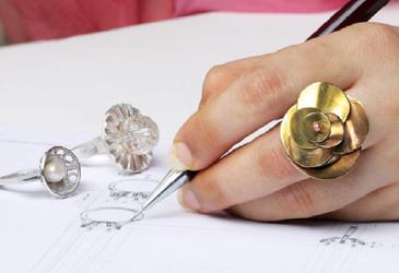 顧客に似合う結婚指輪のデザインを的確に提案出来る