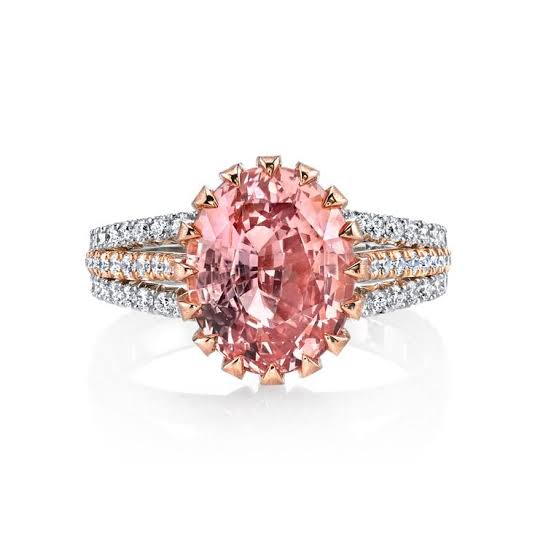 ピンクのバパラチアで婚約指輪をオーダーメイドする