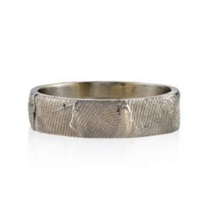 レベッカの男性結婚指輪・オーバーマンストリーム