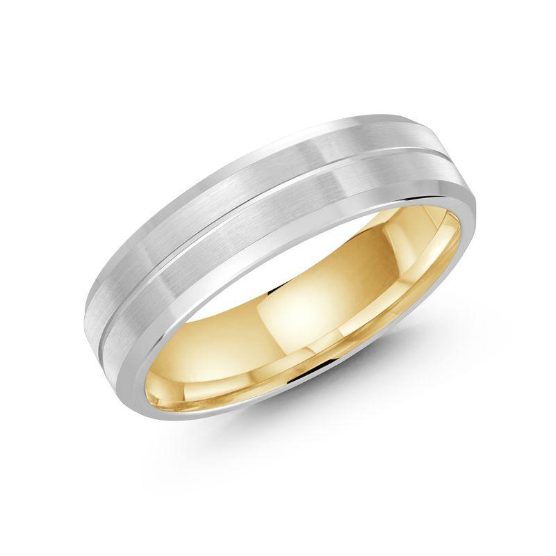 内側がゴールドのプラチナストライプのメンズ結婚指輪