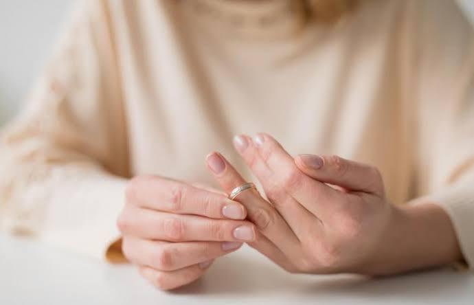 自分にベストな着け心地の結婚指輪をオーダーする