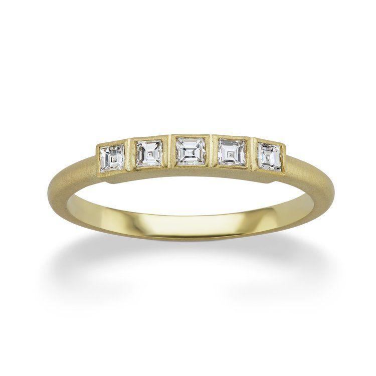 スクエアバゲットのダイヤモンドリング