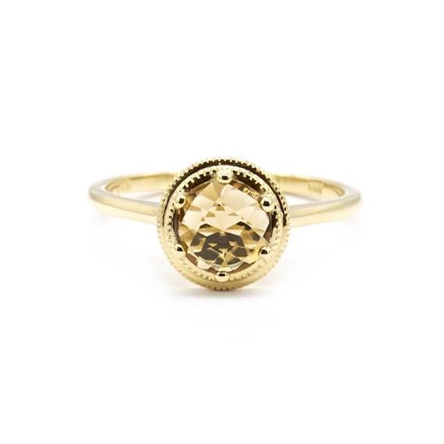 ダイヤ以外で婚約指輪をオーダーする際に参考にするべき15のリング