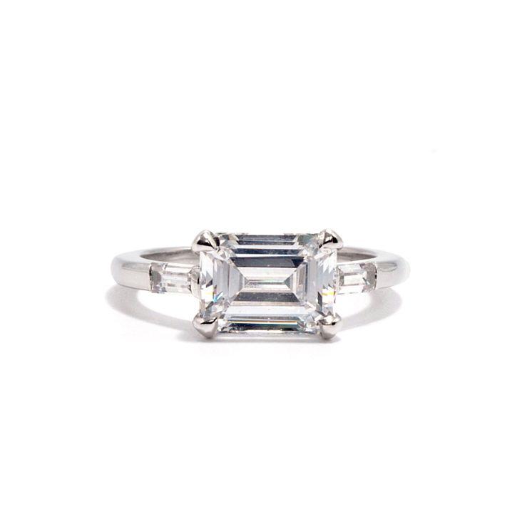 アデラ・バゲットダイヤの婚約指輪