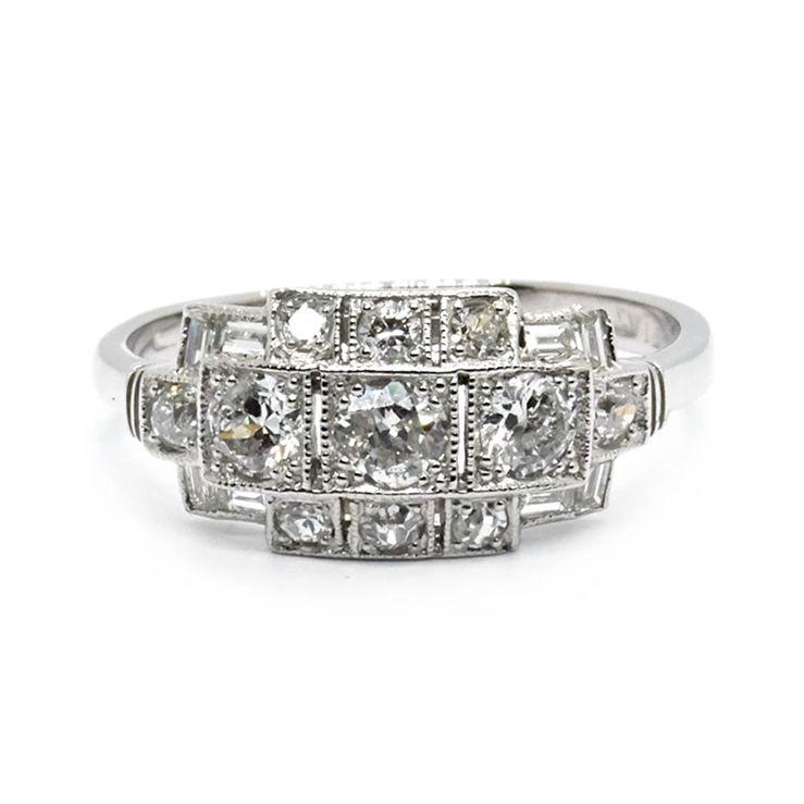 ダイヤモンドクラスターリング 結婚指輪