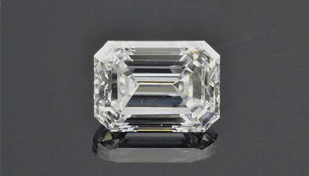 長方形のダイヤモンドを選ぶ
