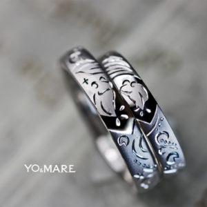 【カエルのカップルと蓮の模様】をデザインした結婚指輪オーダー作品
