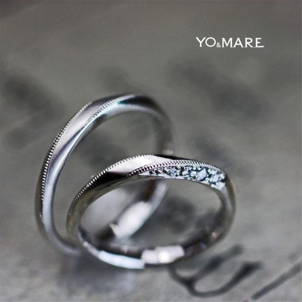 メビウスリングにダイヤとミルグレインを入れた結婚指輪オーダー作品