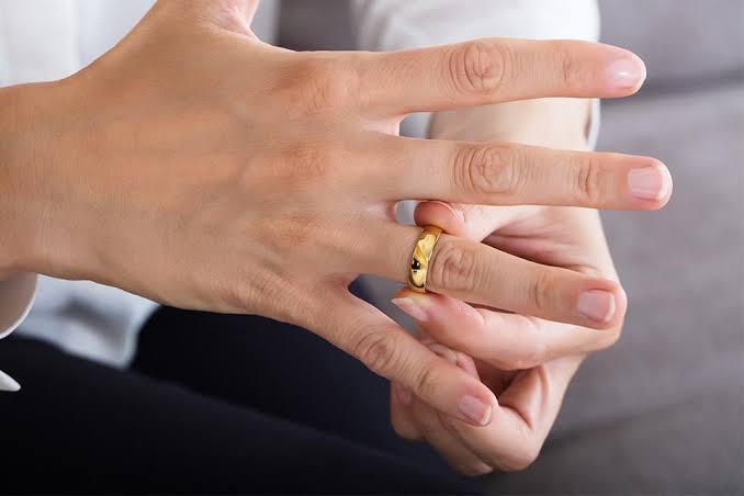 そもそもつけ心地の良い結婚指輪とはどんなリングなのか