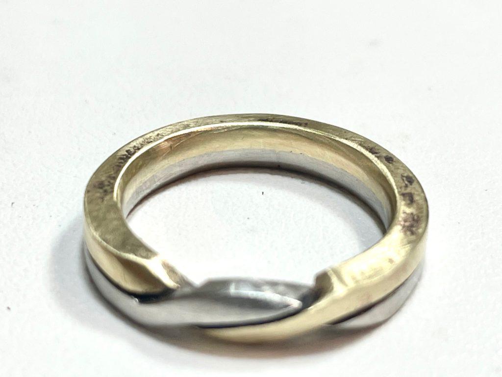 結婚指輪の金属をコンビカラーで選ぶ
