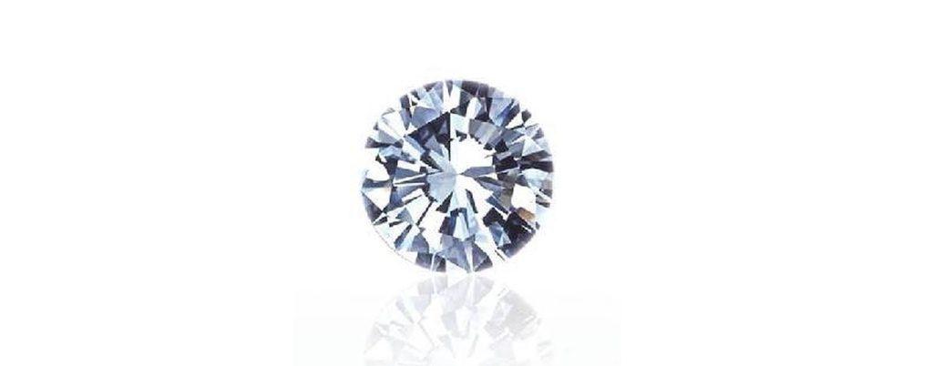 バラの婚約指輪に留めたダイヤモンドの画像