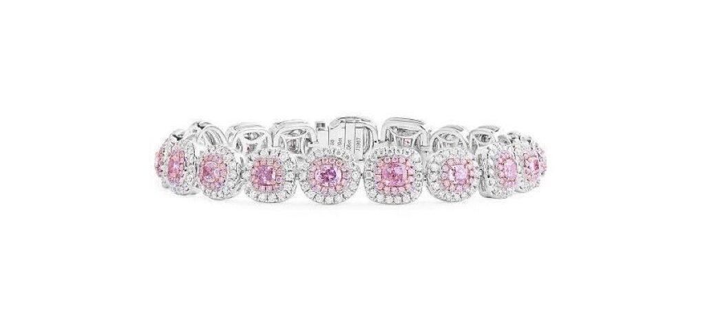 ピンクダイヤを使った結婚指輪のデザイン