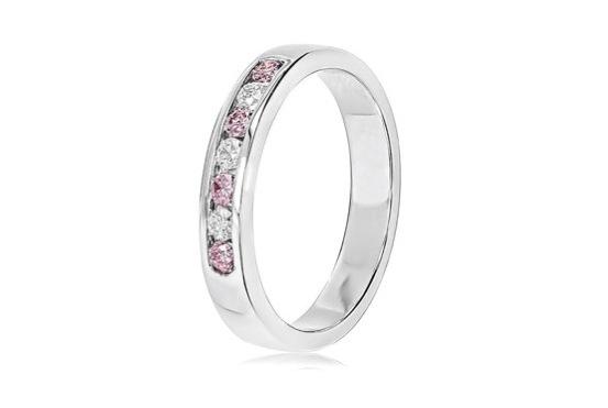 結婚指輪のベースデザインはスマホの画像検索から