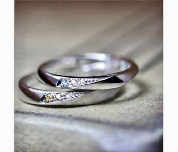 ブルーダイヤとブラウンダイヤ入った結婚指輪 オーダー作品