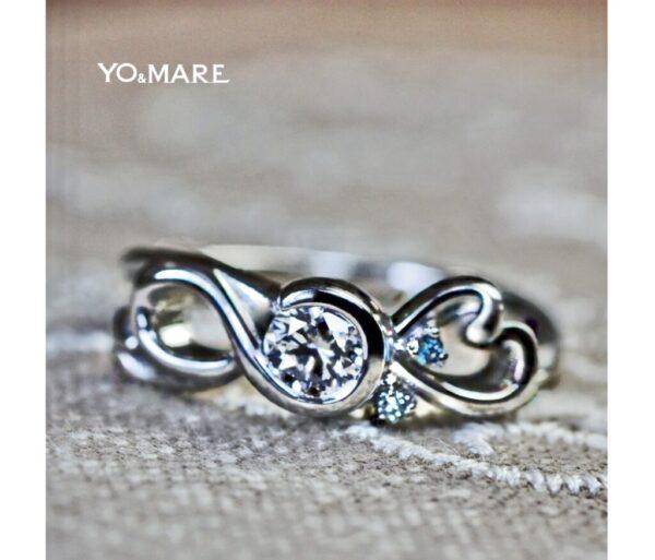 ト音記号をモチーフにした婚約指輪