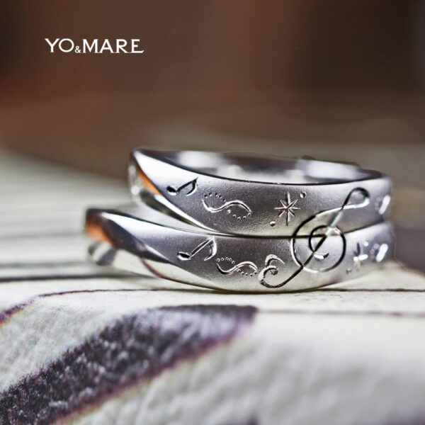 【音符模様】結婚指輪を2本重ねてト音記号をつくったオーダー作品