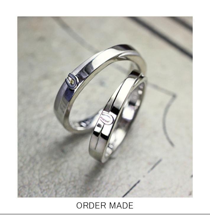 馬蹄のリング・ 馬蹄のマークが入った オーダーメイドの結婚指輪のサムネイル