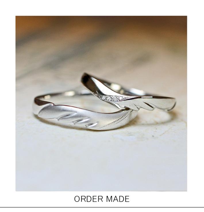 天使の羽をデザインしたオーダーメイドの結婚指輪のサムネイル