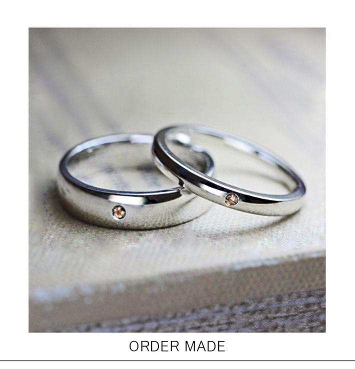 プラチナカラーのベーシックなホワイトゴールドの オーダーメイド・結婚指輪のサムネイル