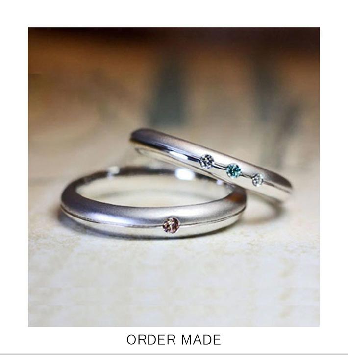 ロンド・丸いフォルムのブルー&ブラウンダイヤ の オーダーメイド・結婚指輪のサムネイル