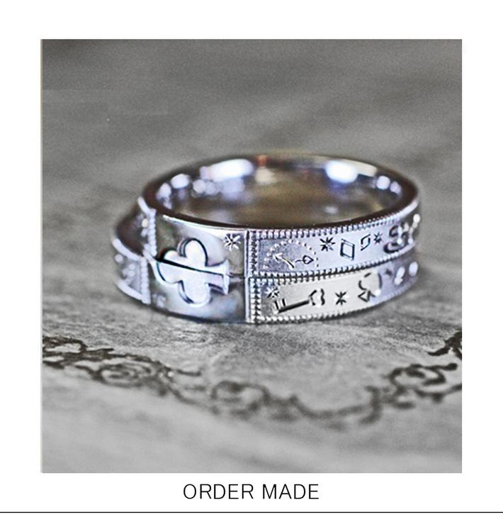 不思議の国のアリスのオーダーメイド結婚指輪のサムネイル