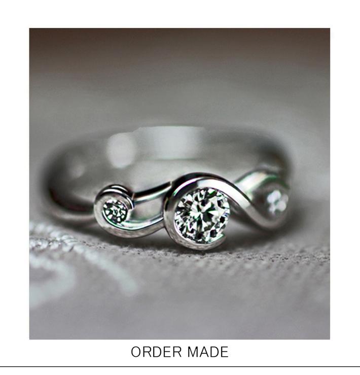 ト音記号のダイヤモンドエンゲージ・婚約指輪のサムネイル