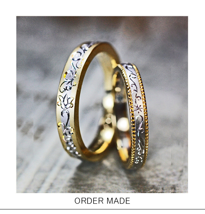 ユリの花柄をデザインしたコンビカラーの オーダーメイド・結婚指輪のサムネイル
