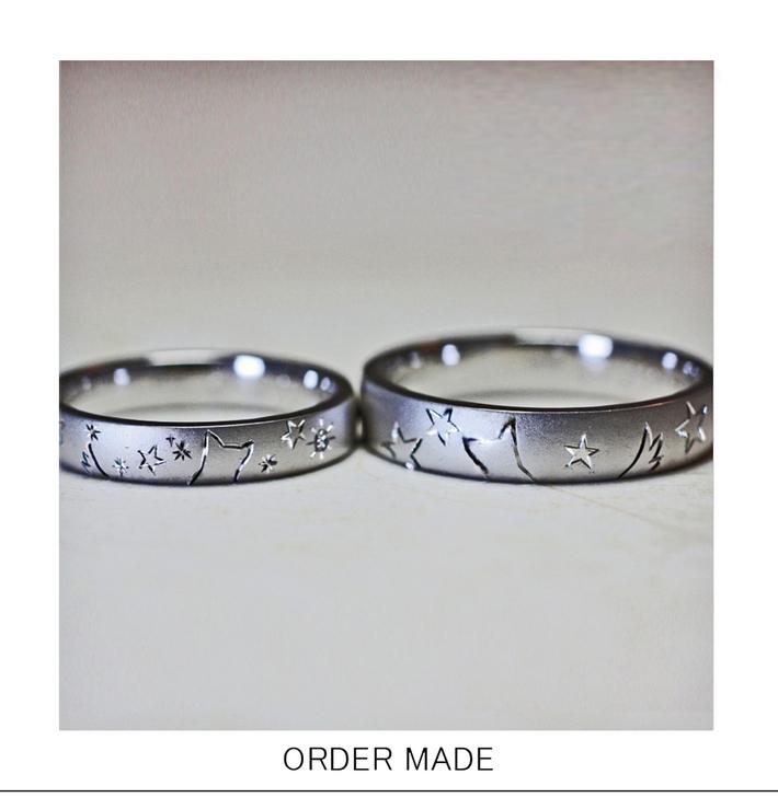 星ふる空を見上げるワンちゃんカップルの結婚指輪・千葉 市川のカップルのサムネイル
