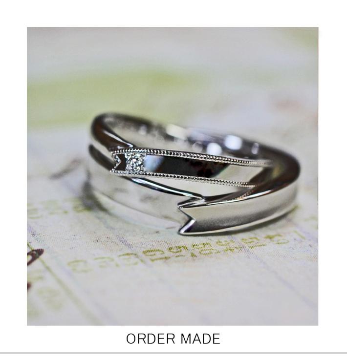 結婚指輪をプレゼントのリボンのようにオーダーデザインしたリングは千葉・柏のカップルのサムネイル