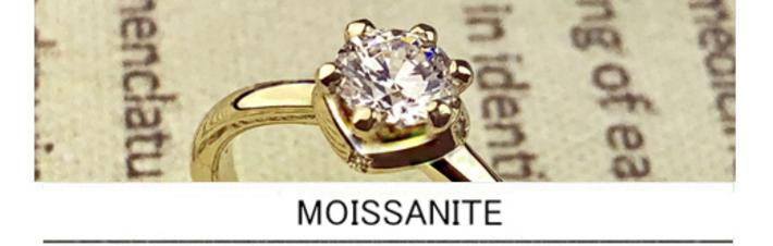 モアサナイトの婚約指輪をゴールドでオーダーデザインしたオリジナルの画像